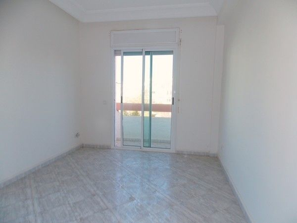 Vends Appartement De 81 Au 2ieme Etage De La Residence Littoral A