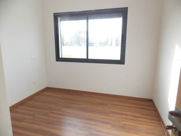 location appartement vide avec 3 chambres